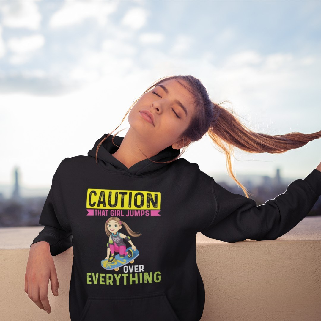 Caution That Girl Jumps over Everything Skaten